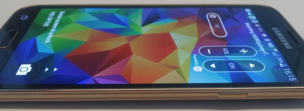 The Samsung Galaxy S5 has Gorilla Glass